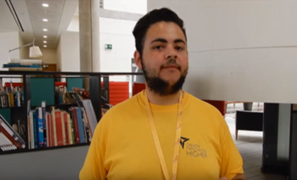 Reko, Uni:4U summer school student ambassador talking about his student journey